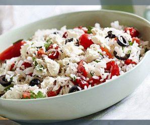 Салат з рисом, помідорами і шинкою