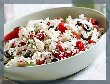 Салат з рисом і помідорами