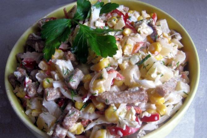 Пісний салат з пекінської капусти - рецепт з ананасами