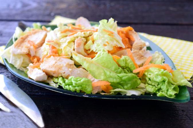 Рецепт салату з пекінки, курки і моркви