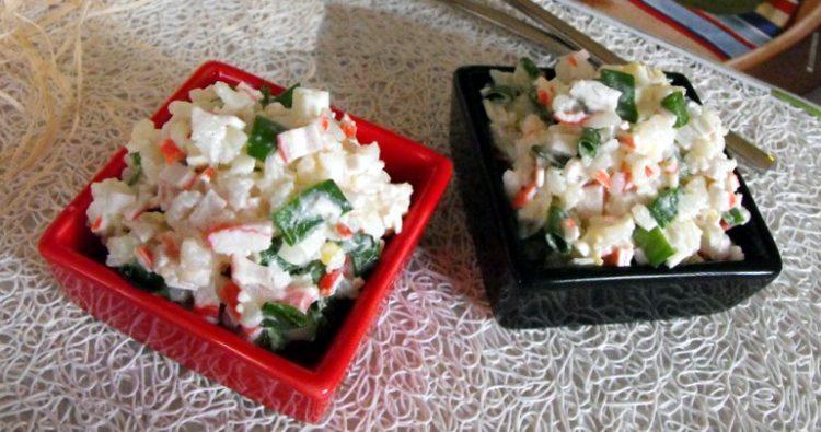 Рецепт салату з рисом і крабовими паличками